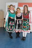 Organizátorky v krojích - Tereza Kuchaříková Blažková, Sevda Kovářová, Mája Madárová